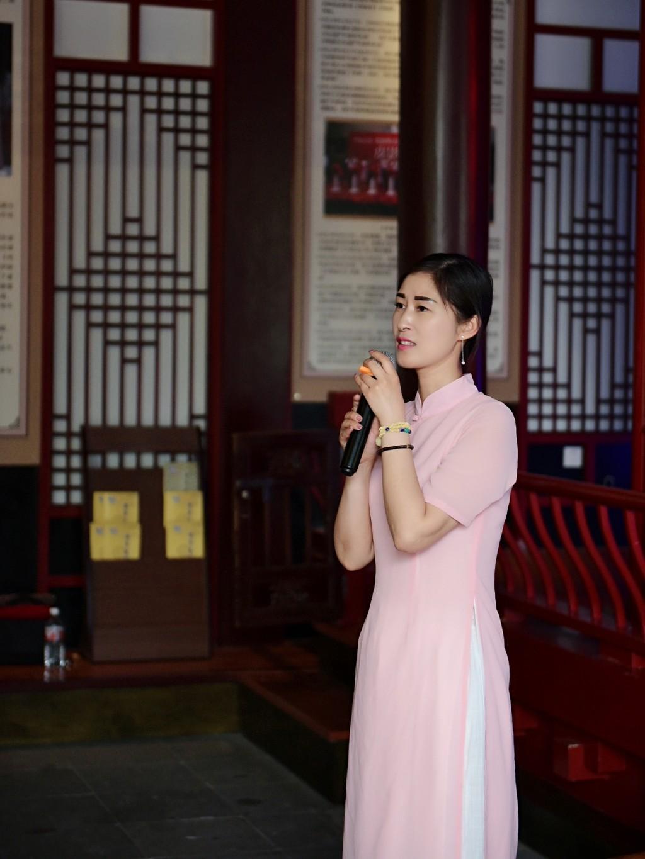 嘉兴·海宁旗袍协会:张秘书长